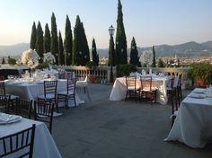 A Touch Of Elegance... white orchids lanterns and candles in Villa La Vedetta, Fiesole, Tuscany wedding  www.stiattifiori.it