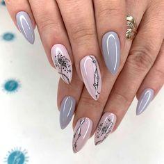 simple spring nail designs for short nails and long nails 15 New Years Nail Designs, New Years Nail Art, Nail Art Designs, Nails Design, Coffin Nails Long, Long Nails, Short Nails, Stylish Nails, Trendy Nails