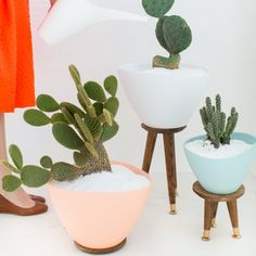 Made these DIY mid century planters on a budget!