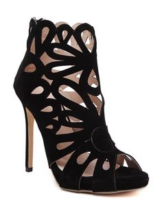 SHARE & Get it FREE   Hollow Out Peep Toe Black SandalsFor Fashion Lovers only:80,000+ Items • New Arrivals Daily Join Zaful: Get YOUR $50 NOW!