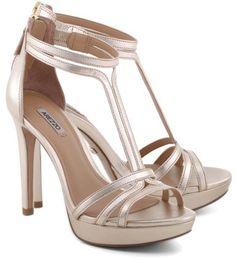 Sapato para noivas nas lojas de BH - Arezzo