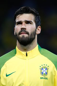 Alisson Photos - Alisson of Brazil looks on before a match between Brazil and Paraguay as part of 2018 FIFA World Cup Russia Qualifier at Arena Corinthians on March 2017 in Sao Paulo, Brazil. - Brazil v Paraguay - 2018 FIFA World Cup Russia Qualifier Brazil Football Team, National Football Teams, Football Soccer, Alison Becker, Football Hairstyles, Fc Liverpool, European Soccer, Fifa World Cup, World Cup 2018