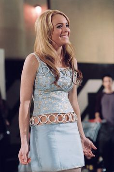 Lindsay Lohan en Confessions of a Teenage Drama Queen Fashion Tv, 2000s Fashion Trends, Early 2000s Fashion, Fashion Outfits, Lindsay Lohan, Johnny Depp, Teenage Drama, Fashion Magazin, Valley Girls