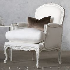 Eloquence® La Belle Bergere in Silver/Antique White Two-Tone