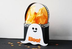 Halloween Ghost Treat Box /Bag: How to Make a Halloween Ghost Treat Box Paper Craft: Step 3