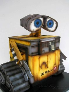 Wall-E Cake made by Sweet Disposition Cakes