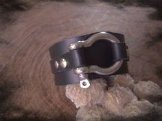 Pulsera de piel con broche de acero inoxidable por ArteImMrAmA