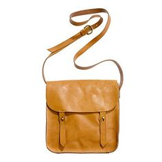 I think I'll get this bag for my trip to Europe later this year.  So cute and in such a great color!