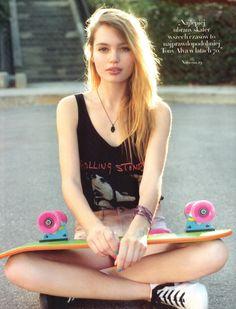 Los Angeles skater girl