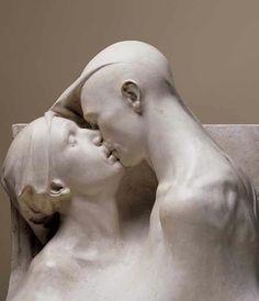 Scultura di Francesco Ciusa. Statues, Couple Art, Land Art, Public Art, Michelangelo, Figurative Art, Art History, Sculpture Art, Sculpting