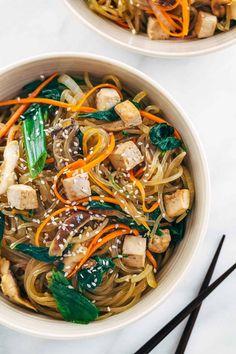 Tofu Recipes, Noodle Recipes, Asian Recipes, Vegetarian Recipes, Cooking Recipes, Healthy Recipes, Ethnic Recipes, Vegetarian Korean Food, Easy Korean Recipes