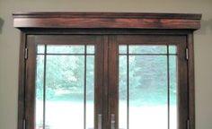 33 Ideas Sliding Door Curtains Ideas Cornice Boards For 2019 Wooden Window Valance, Wooden Cornice, Sliding Door Curtains, Sliding Glass Door, Traditional Window Treatments, Unique Window Treatments, Door Window Treatments, Window Coverings, Window Cornices