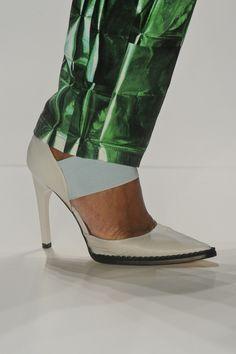 Sapato Triton. Mais acessórios: http://abr.io/2FaL | Fotos Fotosite