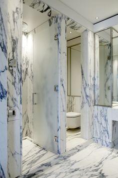 EATON PLACE #luxurybathrooms