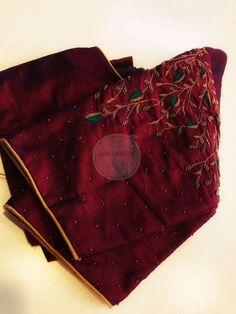 Sophisticated designer sari blouses Want to know more about Kurti Embroidery Design, Embroidery Blouses, Simple Embroidery, Embroidery Patterns, Hand Embroidery, Zardosi Work Blouse, Sari Bluse, Maggam Work Designs, Diana