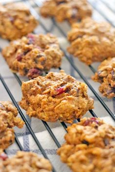Dark Chocolate and Cranberry Pumpkin Oatmeal Cookies (and a giveaway!!!) Enter for a chance to win free silicone baking products! Healthy, real food, whole, clean, unprocessed, whole grain, refined sugar free, vegan, vegetarian