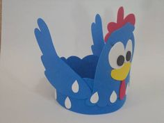 centro de mesa galinha pintadinha em E.V.A dê um charme a sua festa com esta linda galinha! palha não inclusa pedido mínimo: 10 un 17cm de altura o prazo de produção dependerá da quantidade solicitada. R$ 4,80