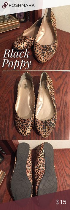 🆕 Black Poppy Cheetah Print Flats Cute cheetah flats with pointed toes in great condition. No size printed on the inside but they just barely don't fit me, so I'm listing them as an 8. Black Poppy Shoes Flats & Loafers