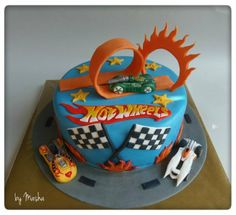 Nothing completes a Hot Wheels themed birthday party like a Hot Wheels cake. If your little racer is into Hot Wheels, then a Hot Wheels b. Hot Wheels Party, Bolo Hot Wheels, Hot Wheels Cake, Hot Wheels Birthday, Hot Wheels Kuchen, Fondant Cakes, Cupcake Cakes, Wheel Cake, Character Cakes