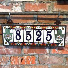Azul personalizado de números de casa de cerámica blanca con