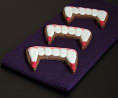 Halloween treats: vampire teeth