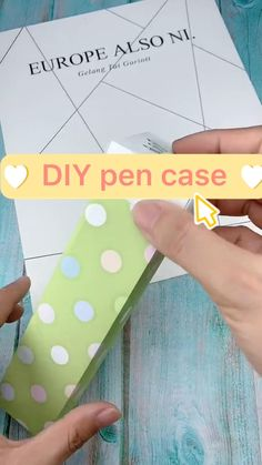 Cool Paper Crafts, Easy Arts And Crafts, Paper Crafts Origami, Diy Crafts For Gifts, Diy Crafts Videos, Decor Crafts, Diy Gift For Bff, Instruções Origami, Diy Papier