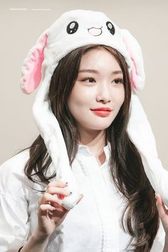 Kpop Girl Groups, Korean Girl Groups, Kpop Girls, Jooheon, Kim Chanmi, Ioi Members, Kim Hyuna, Jung Chaeyeon, Kim Chungha