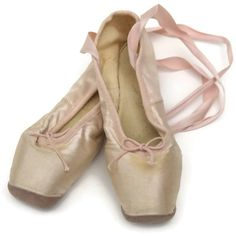 French Ballet Pointes. Pink Silk Ballet Flats. Ballerina Shoes. Ballet... ($80) ❤ liked on Polyvore featuring shoes, flats, embellished flats, ballerina pumps, pink flats, pointed ballet flats and ballet flats