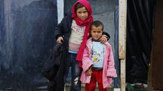 U.N. asks people to give $1 each for Syrian refugees The World Food Program launched an unusual campaign Wednesday to raise $1 contributions from 64