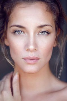 this is the make-up look i love! simple, sweet, shimmer!     wedding make-up ideas #bra #wedding #makeup