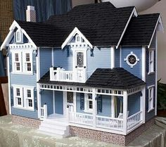 Love this dollhouse