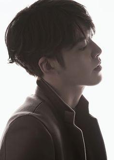 bring bong sookie back — kimwoobinseyebrows: Kim Woo Bin for Magazine M Korean Drama Stars, Korean Star, Lee Hyun Woo, Lee Jong Suk, Asian Actors, Korean Actors, Kim Wo Bin, Kdrama, Park Hae Jin