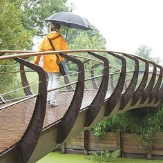 STREETLIFE Single Swan Colour Bridge. Single Swan Colour Bridges are equipped with the Single, RAL-coated fencing system. Single fencing gives the bridge an extra-wide look and feel and improves accessibility