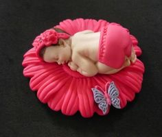 Fondant baby girl daisy cake topper (variety)for Baby Shower, Birthday, Party Favor Baby Cake Topper, Fondant Cake Toppers, Fondant Baby, Fondant Figures, Fondant Cakes, Baby Shower Treats, Baby Shower Cakes, Biscuit, Baby Mold