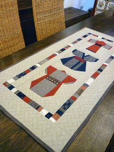 ROXY QUILT: Kimonos' runner