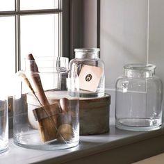 clear-glass-jugs-1.jpg