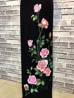 Saree Painting, Dress Painting, Silk Painting, Fabric Painting On Clothes, Painted Clothes, Hand Painted Dress, Hand Painted Fabric, Fabric Paint Designs, Reclaimed Wood Art