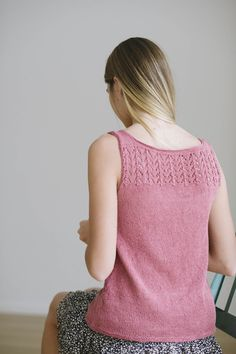 pippa designed by melissa labarre / from the sparrow 2016 design team collection / in quince & co. sparrow, color nannyberry