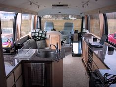 How to live simply in a 39 foot RV - From Louise Hornor - Unclutterer