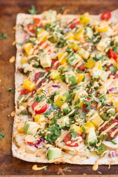 #Recipe: Cilantro Lime #Chicken Flatbreads with #Mango and Roasted Jalapeños