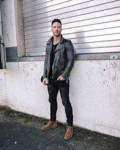 Street Style Outfits Men, Tomboy Outfits, Casual Outfits, Gq Style, Men Style Tips, Style Men, Leather Jacket Outfits, Leather Jackets, All Black Looks