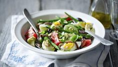 Tuna Nicoise Recipe, Nicoise Salad, Anchovy Recipes, Salad Recipes, Uk Recipes, Party Recipes, Fish Recipes, Summer Recipes, All You Need Is