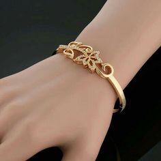Gold Ring Designs, Gold Bangles Design, Gold Earrings Designs, Bracelet Designs, Necklace Designs, Bracelet Patterns, Gold Bracelet Indian, Gold Bracelet For Women, Gold Bracelets