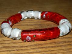 Glass Bead Bracelet in red and beige by SerenitysArt