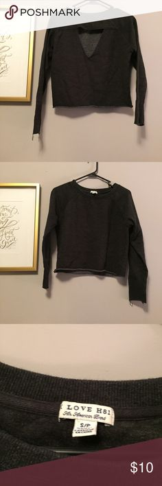 • long sleeve cropped top • For my reference only: item #142. Size small. Open part is on the BACK! Worn once or twice. Cropped long sleeve. Smoke free home. Same or next day shipping Forever 21 Tops Tees - Long Sleeve