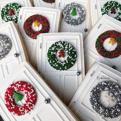 I'm starting to see neighbors take down their Christmas decorations and I'm not sure if I'm ready yet. Does anyone else struggle letting go of holidays? A huge shout out to for the fun idea of using sprinkles to make mini holiday wreaths! Christmas Sugar Cookies, Christmas Sweets, Noel Christmas, Holiday Cookies, Christmas Baking, Christmas Decorations, Holiday Wreaths, Christmas Cakes, Fancy Cookies