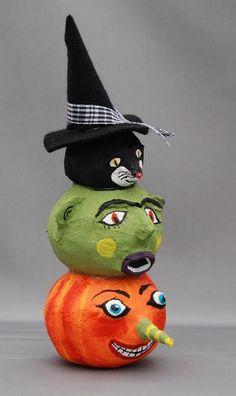 DIY Halloween : DIY  Papier Mache Pumpkin Tower : DIY Halloween Decor