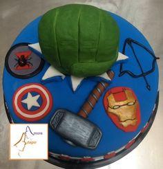 Pastel de Avengers Pastel Avengers, Fondant, Watermelon, Fruit, Food, Pastries, Fondant Icing, The Fruit, Meals