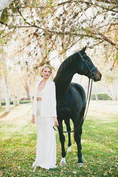 Equestrian inspiration: http://www.stylemepretty.com/little-black-book-blog/2015/05/01/modern-earthy-equestrian-wedding-inspiration/   Photography: onelove - http://www.onelove-photo.com/