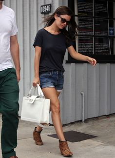 Rachel Bilson wearing Ray-Ban RB2140 Original Wayfarer sunglasses in Black Raven Denim Logan Cut-off Shorts Chanel  Boy White Large Bag